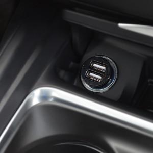 Cargador dual de coche
