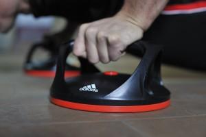barras_flexiones_adidas_ganga