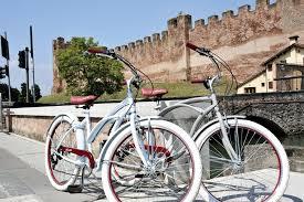 bici_paseo_hombreymujer