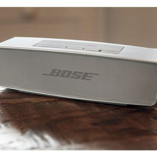 Altavoz Bose SoundLink Mini II perla por 119,71€.