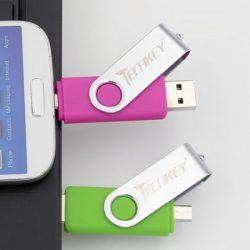 Memoria dual TechKey con puerto USB y micro USB de 128GB por 10,73€!!