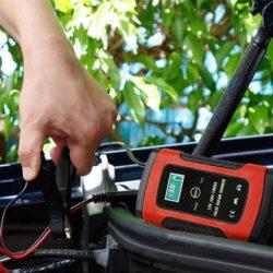 Cargador de emergencia para arranque de baterías, 12V,6A por solo 12,99€ con código.