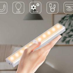 Lámpara noche LED Ousfot, IP20, con sensor de movimiento 9,39€.