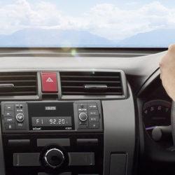 Autoradio bluetooth con mando, función manos libres, USB, tarjetas SD y entrada auxiliar por 24,02€ con código.