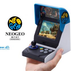 Mini Neo Geo SNK international edition con 40 juegos por 73,99€, antes 122,95€.