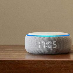 Nuevo Amazon Echo Dot 3ª gen. por sólo 22 euros y con reloj por 34,99€. Echo Show con pantalla por 49,99€ y Echo Dot + 2 Bombillas Philips a 36,99€