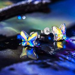 Pendientes con forma de mariposa, plata de ley y cristales Swarovski por 7,99€ antes 25,99€.