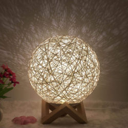 Lámpara ambiental led con ajuste de brillo, disponible en 8 colores por solo 9,99€ con código, antes 33,30€.