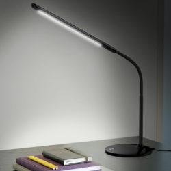Lámpara led flexible para escritorio Aukey LT-ST1, control táctil 3 intensidades, protector de ojos por solo 9,99€ con codigo, antes 21,99€.