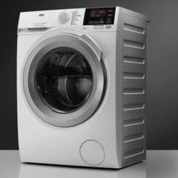 Lavadora inteligente AEG L6FBI824U, 8kg, 1200rpm por 299€. Antes 379€.
