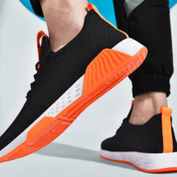 Zapatillas Xiaomi Mijia Sayt Rlae en diferentes colores por 11,74€.