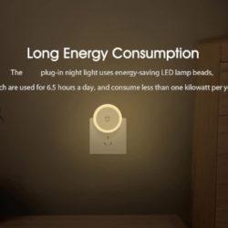 Luz de noche con sensor de luz, brillo ajustable por 6,99€.