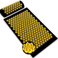 Estimula tu cuerpo con una alfombra y almohada de acupresión por 19,99€ antes 39,99€.