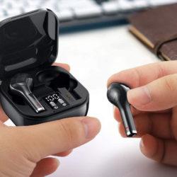 Auriculares TWS Mostast F3J, BT5.0, micro con reducción de ruidos, IPX7 por 10,99€.