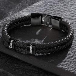 Pulsera de cuero sintético trenzado negra personlizable por 8,54€.