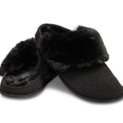 Zapatillas de estar por casa Crocs Classic Luxe Slipper por 19,99€ antes 31,99€.